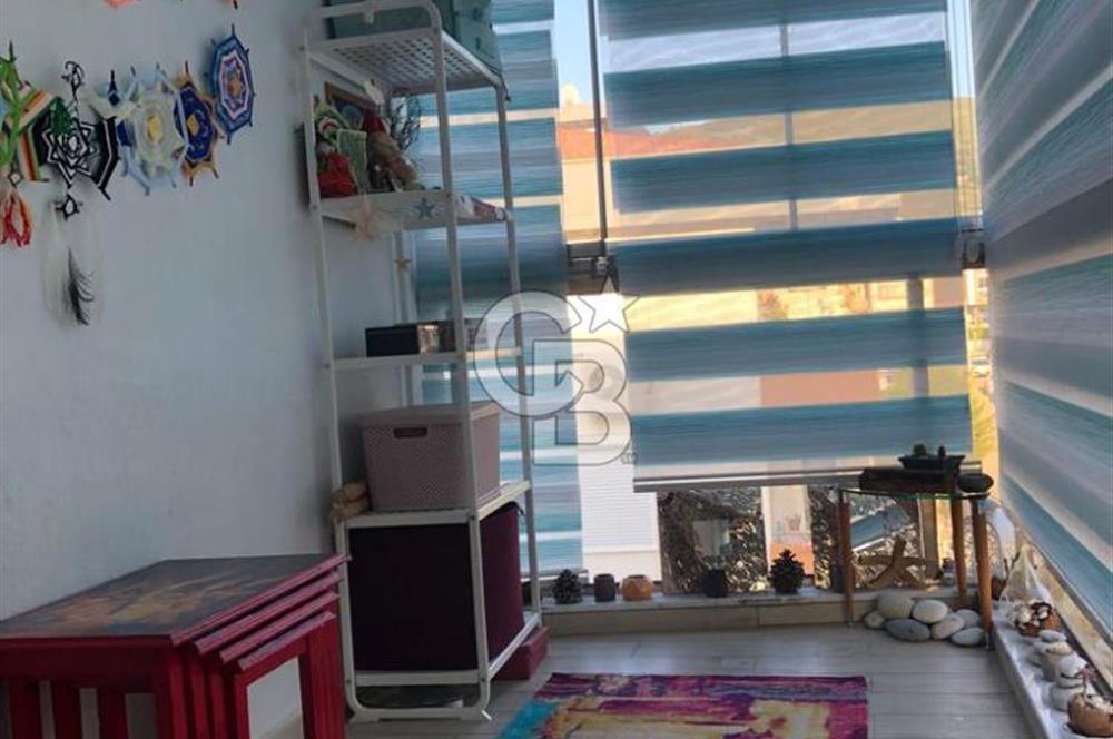 Güzelbahçe Yelki Merkezde Özel Otopark Binada 2+1 Satılık Daire