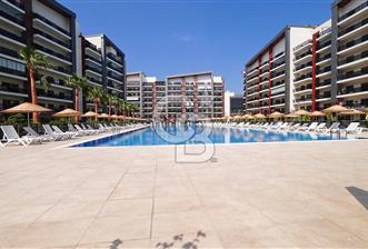 İzmir Park Yaşam Ataşehir Bahçe Teraslı Kiralık 2+1 131 M² Daire