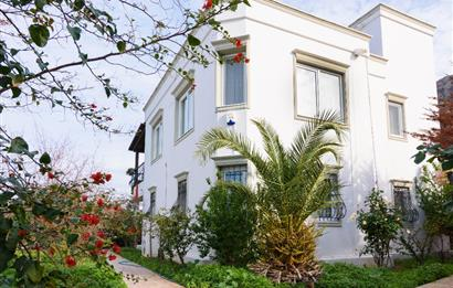 Bodrum Gündoğan'da Satılık Tripleks Villa