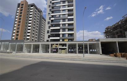 Gaziantep Osmangazi Mahallesinde cadde üzerinde kiralık dükkan