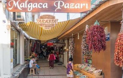 Urla Malgaca'da Satılık Dükkan