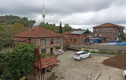 Düzce Akçakoca Aktaş Köyünde Satılık Müstakil Ev
