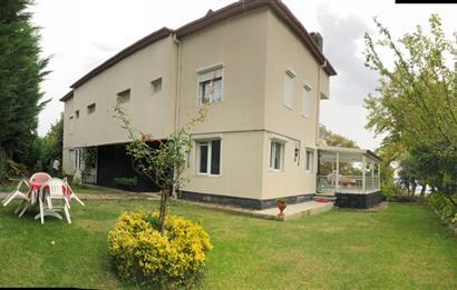 Armutluda Ultra Lüks Tripleks Villa,300 m2