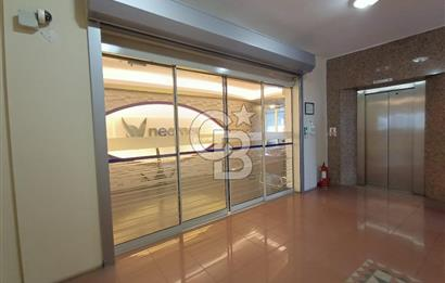 Kozyatağı Metro Durağı'nda 400 m2 Plaza Katı