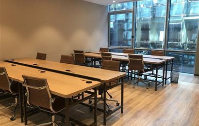 Batı Ataşehir'de A Plus Yeni Plazada 72 m2 Kullanıma Hazır Ofis