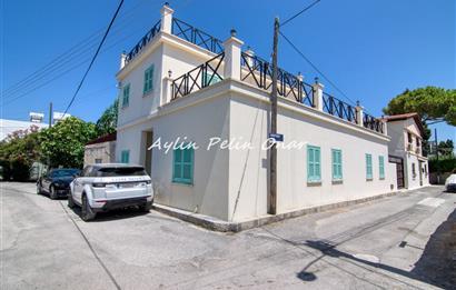 KKTC Girne Merkez'de 3 odalı satılık villa