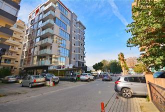 Bornova da Merkezi Lokasyon da Satılık Lüks 140 m2 3+1
