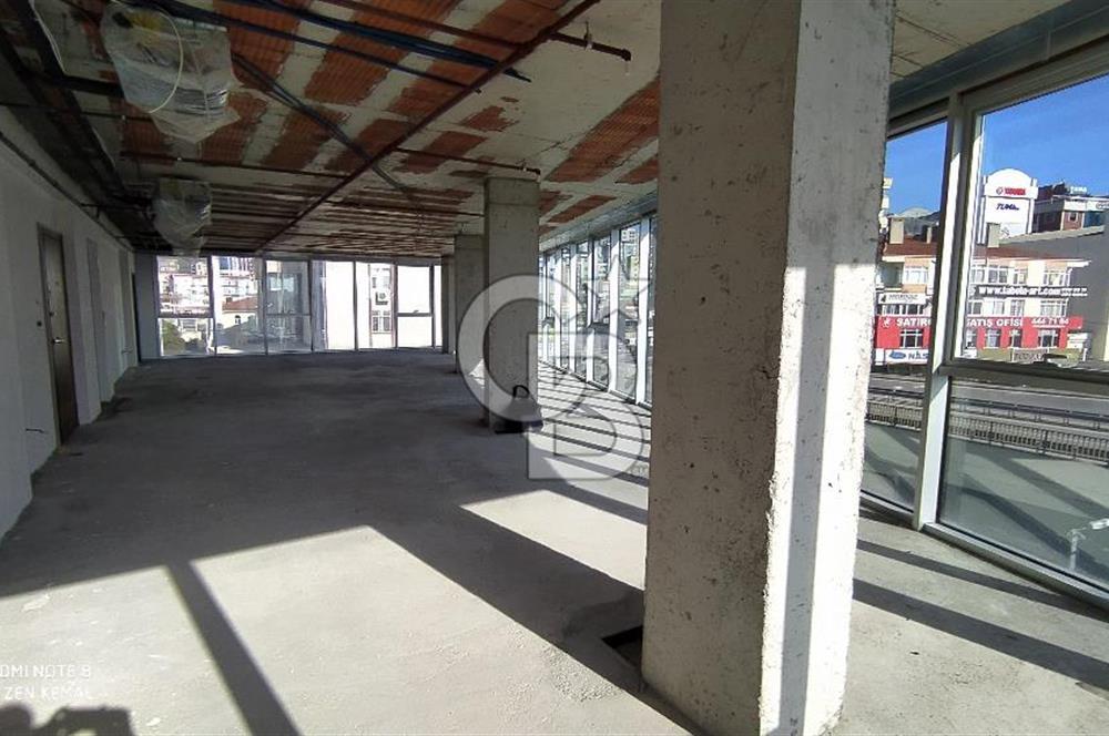 Maltepe de Kiralık Ofis Katı