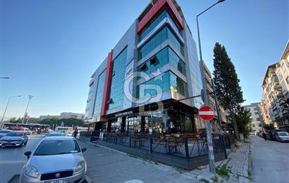 Gaziemir'de Prestijli ve Tabela Değeri Yüksek Bina Satılık Ofis