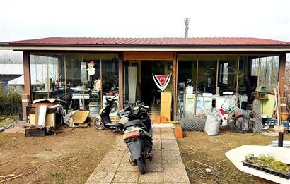 Derbent'te Ticari İmarlı Arsa Üzerinde Natamam Yurt/Otel