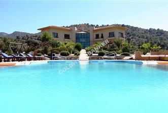KKTC Girne de Türk Koçanlı 130000m2 arazi içinde villa