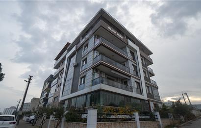 Turgutlu' da 1800 m2 Kiralık Dükkan