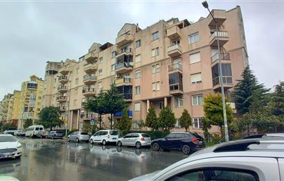 Bahçeşehir Boğazköy'de Satılık 6+2 Dubleks Daire