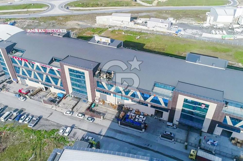 Esenyurt' ta 5.000 m² Satılık Fabrika (Tamamı İskanlı)