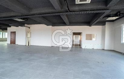 Ümraniye Satılık Ofis Katı Küçüksu Caddesi 700m2