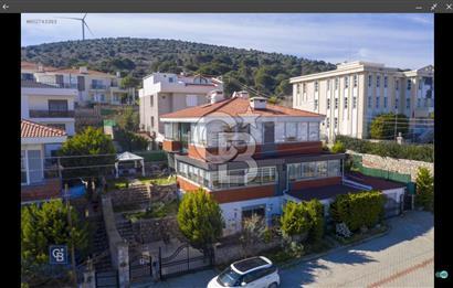 Çeşme Merkez Satılık Villa