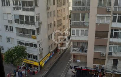 Mithatpaşa Caddesine Cepheli 1+1 Daire