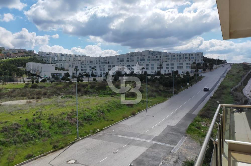 Ulukent 35.Sokak Karşısı Satılık Daire 3+1 140m2