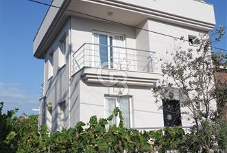 Urla Kalabak'ta 3+2 Bahçeli Satılık Villa