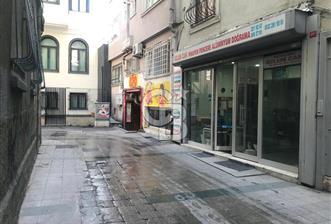 Taksimde Düz Giriş Loft 220 m2 Dükkan